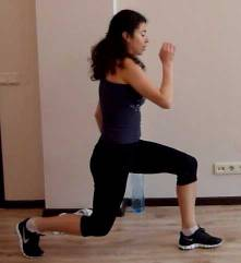 abs-workot-lunge-leg-raise1